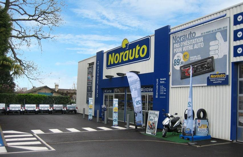 Norauto Bizanos outside the autocentre
